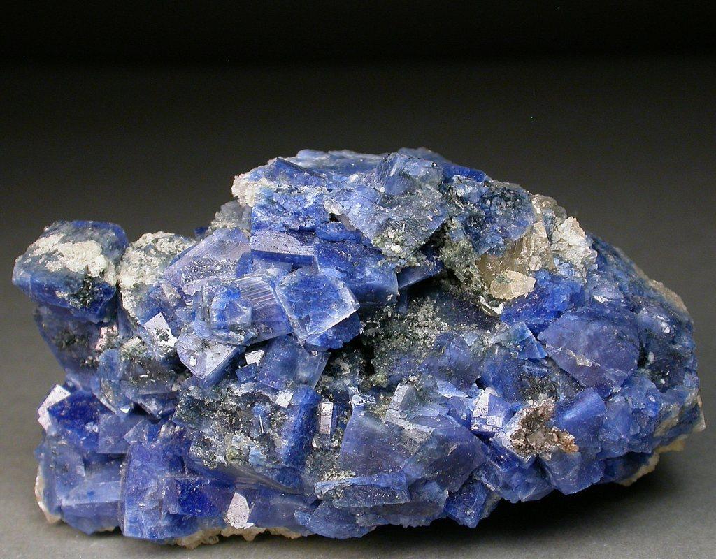 Image of a blue mineral specimen.